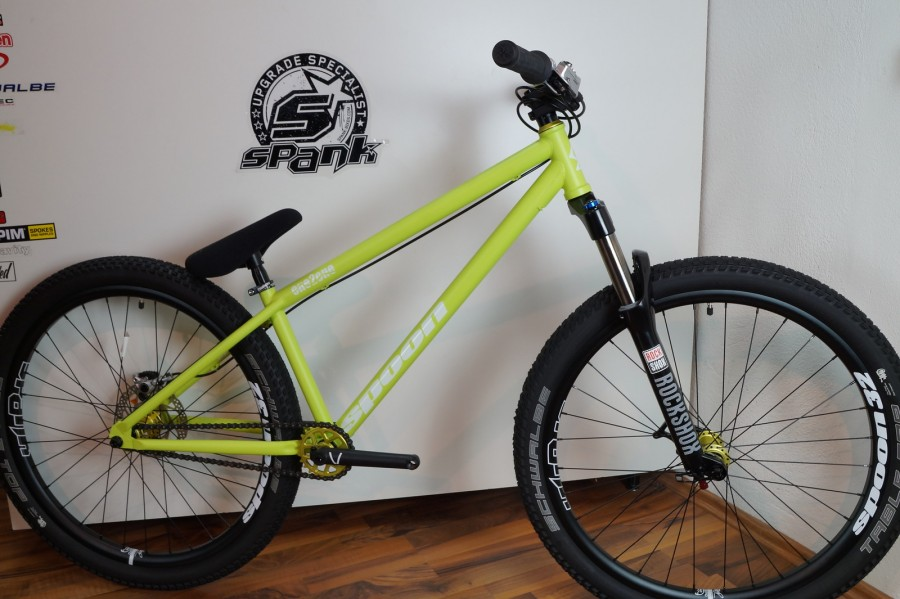 Spank Spoon Custom Bike mit RS Argyle Coil 26\